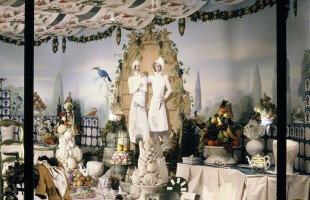 Hermès Window Display of Summer 1989