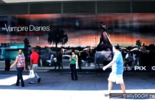 CW's Vampire Diaries Interactive Window Display 2009 by Inwindow Outdoor