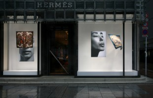 Hermès Scarf Interactive Window Display 2009 by Tokujin Yoshioka