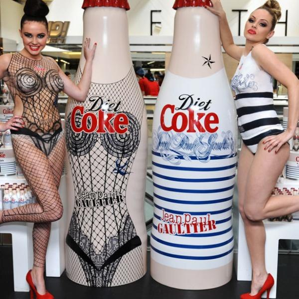 best-window-displays_harvey-nichols_coca-cola_jean-paul-gaultier_01