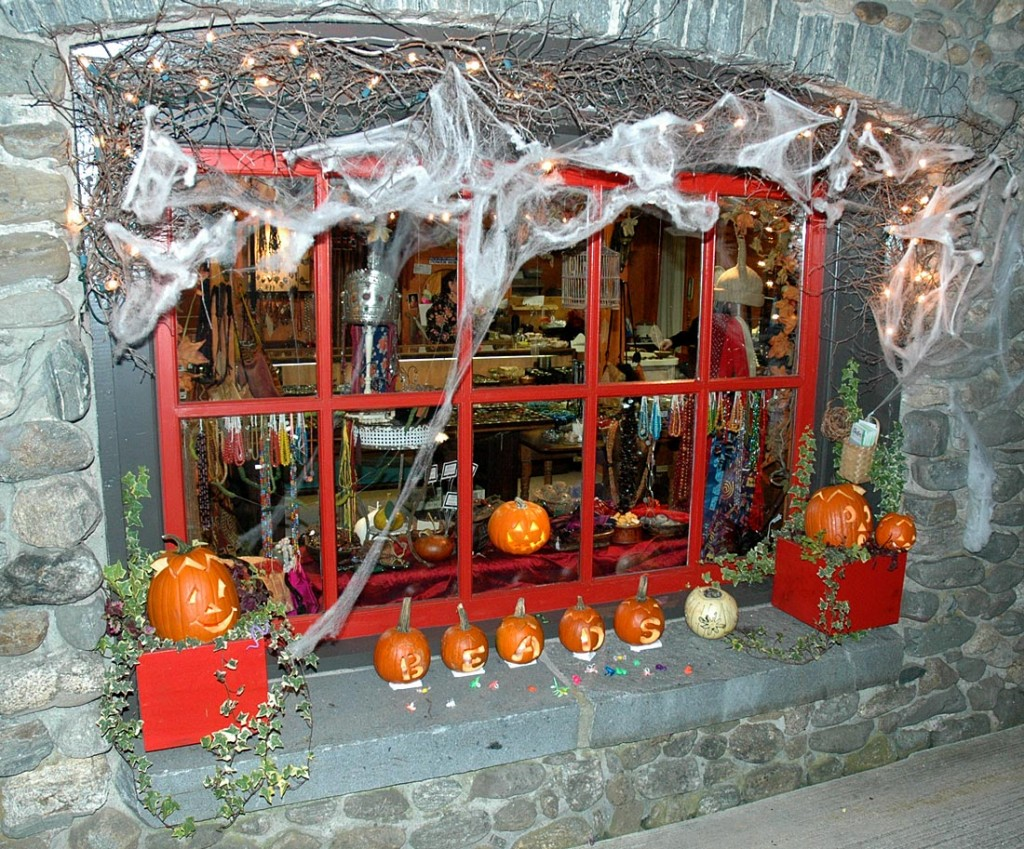 A traditional halloween window display 2011 at the beads for Store window decorations