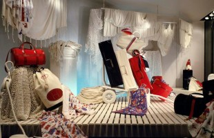Hermès Marine Style Window Display of Summer 1983