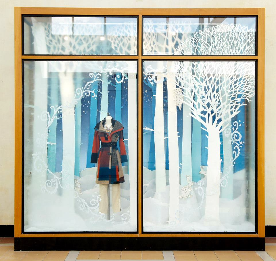 Anthropologie snow forest holiday window display 2012 for Show window designs