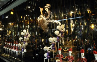 Galeries Lafayette Holiday Window Display 2012 In Collaboration With Louis Vuitton
