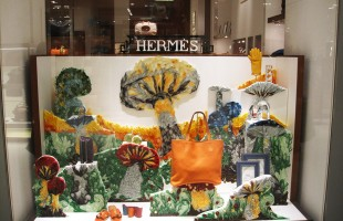 "Hermès ""Quilling Mushrooms"" Winter Window Display 2012 at de Bijenkorf"