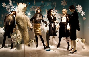 "Holt Renfrew ""Let It Snow"" Holiday Window Display 2012"
