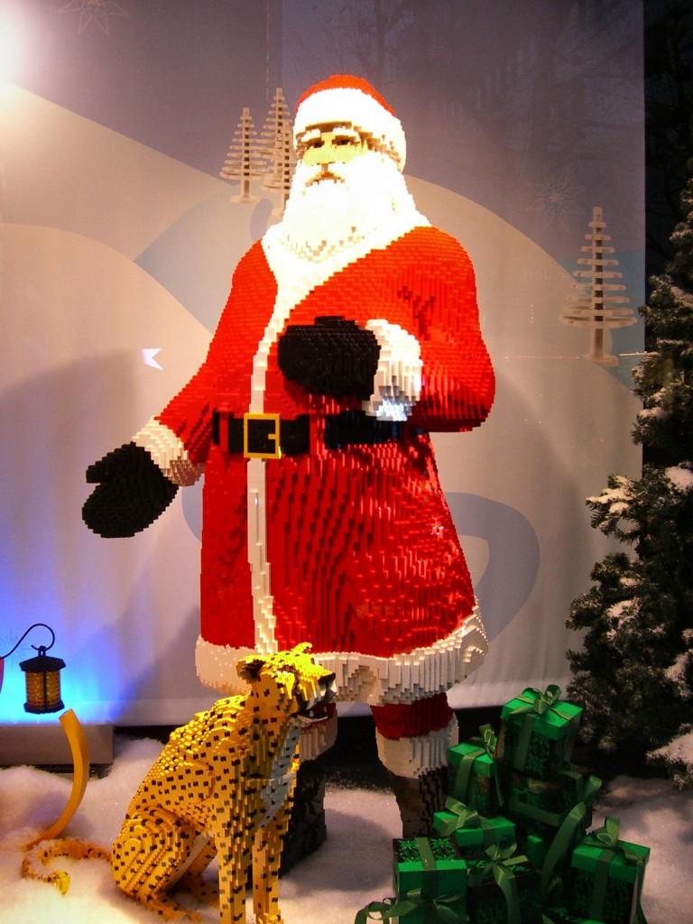 "LEGO ""Santa and his Animal Friends"" Holiday Window Display"