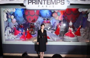 Printemps Dior's Christmas Window Display 2012 unveiled by Marion Cotillard