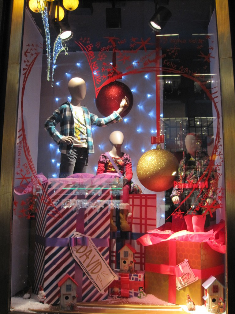 Desigual Unwrapped Mannequins Holiday Window Display