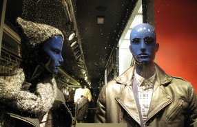 Tommy Hilfiger Winter SALE Window Display