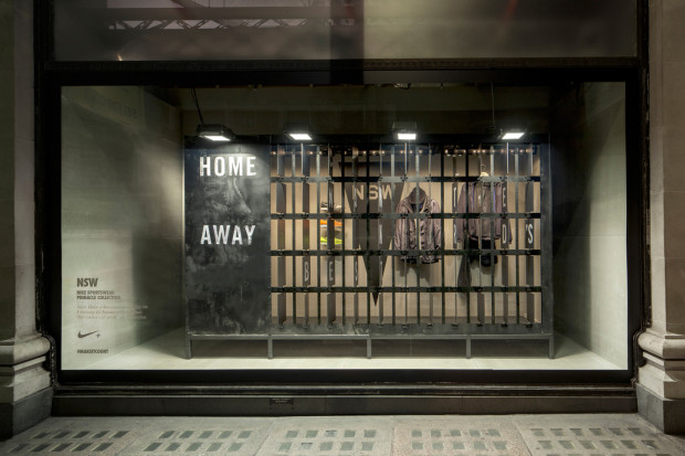 best-window-displays_nike_2013_selfridges_staat_13