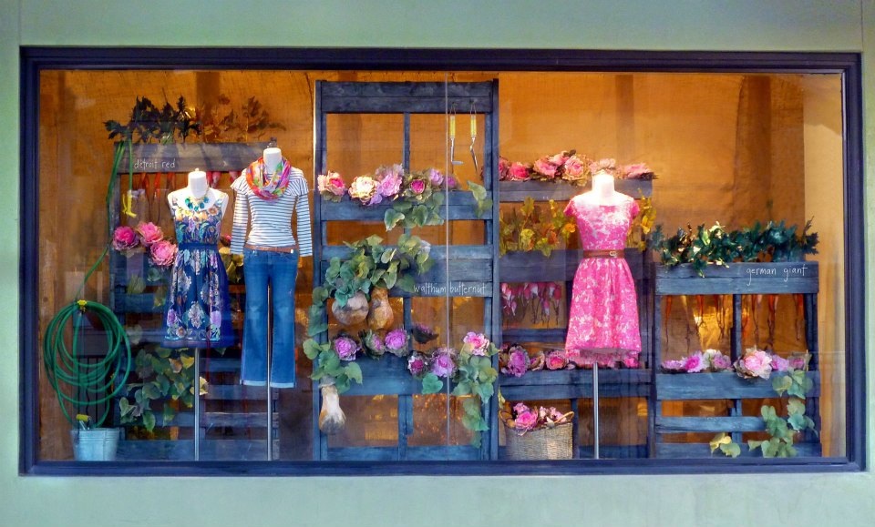 best-window-displays_anthropologie_2013_earth-day_13