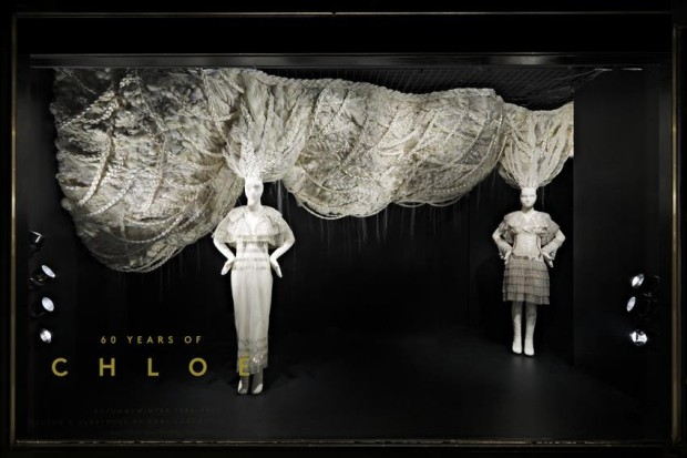 best-window-displays_barneys-new-york_2013_60-years-of-chloe_01