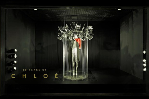 best-window-displays_barneys-new-york_2013_60-years-of-chloe_05