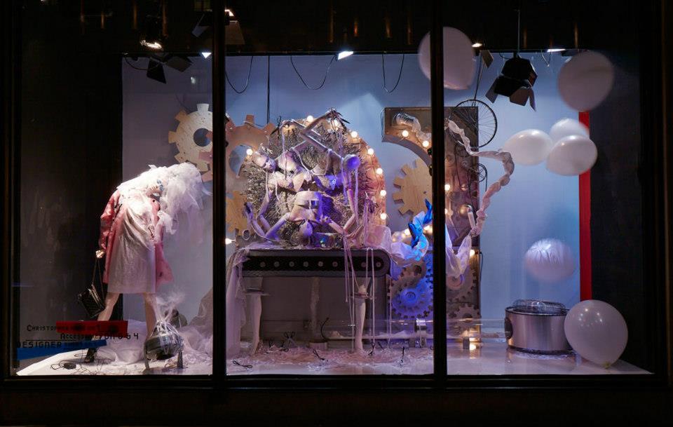 best-window-displays_harvey-nichols_2013_spring_fashion-factory_03
