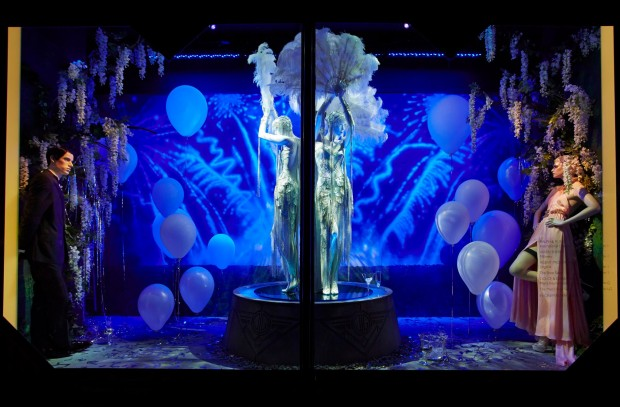 best-window-displays_harrods_2013_the-great-gatsby_06