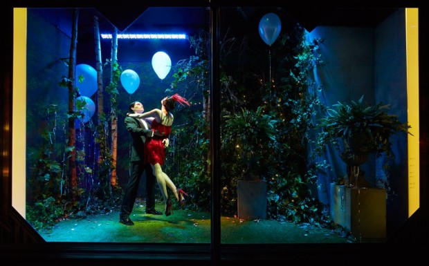 best-window-displays_harrods_2013_the-great-gatsby_14