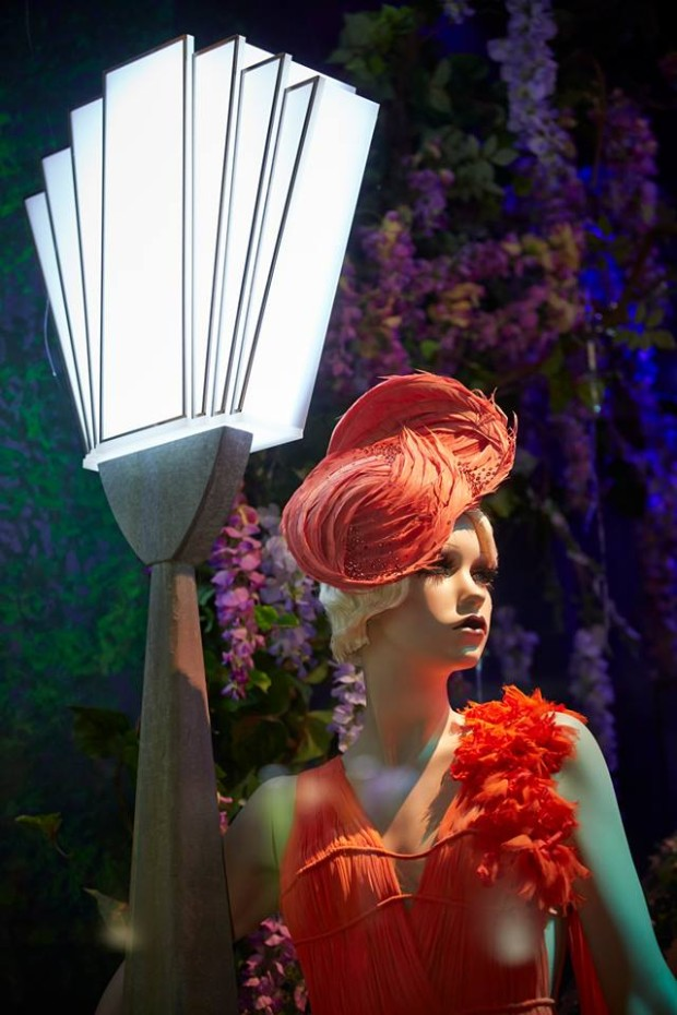 best-window-displays_harrods_2013_the-great-gatsby_21