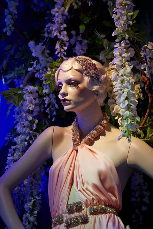 best-window-displays_harrods_2013_the-great-gatsby_24