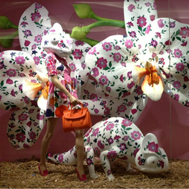 best-window-displays_harvey-nichols_2013_spring_sound-and-vision_02