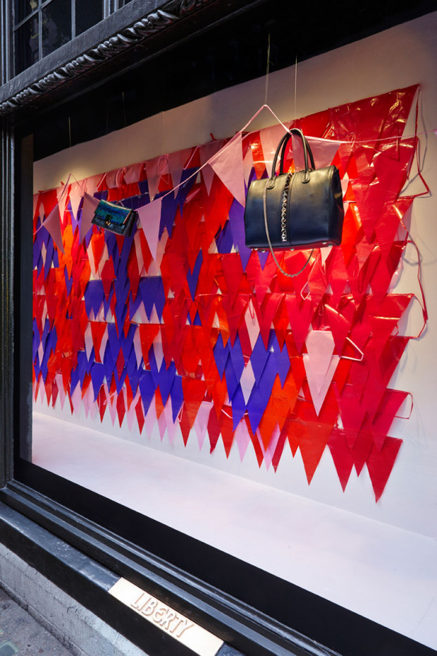 best-window-displays_liberty-london_2013_we-make-carpets_25