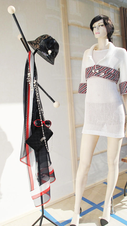 best-window-displays_chanel_2013_summer_10