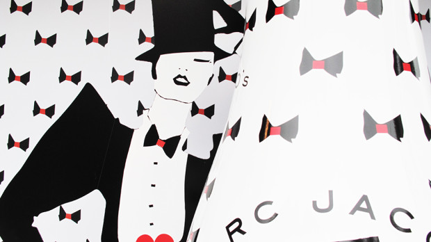 best-window-displays_coca-cola_2013_marc-jacobs_de-bijenkorf_25