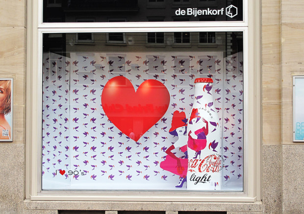 best-window-displays_coca-cola_2013_marc-jacobs_de-bijenkorf_34