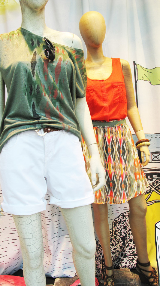 best-window-displays_esprit_2013_summer_05
