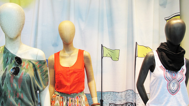 best-window-displays_esprit_2013_summer_07