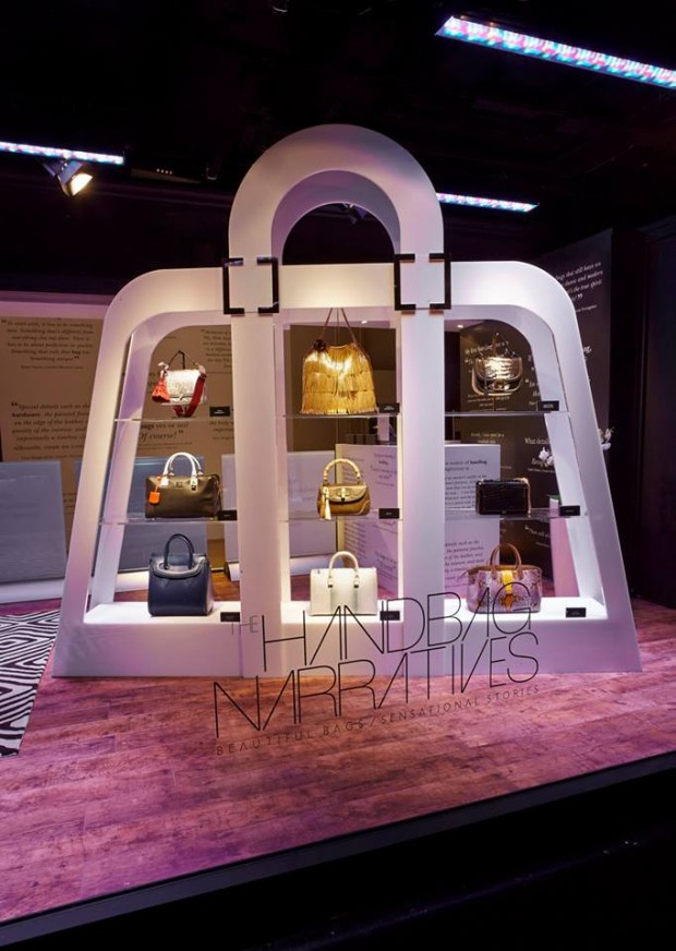 best-window-displays_harrods_2013_the-handbag-narratives_02