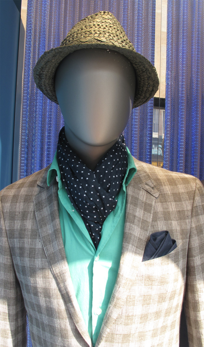 best-window-displays_hugo-boss_2013_nautical-theme_11