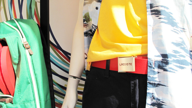 best-window-displays_lacoste_2013_summer_09