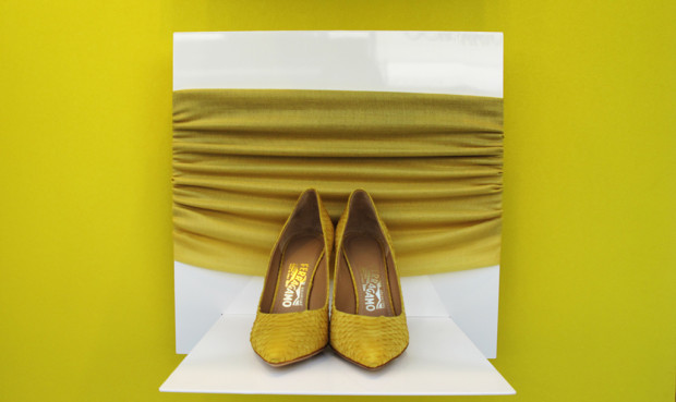 best-window-displays_salvatore-ferragamo_2013_summer_yellow_06
