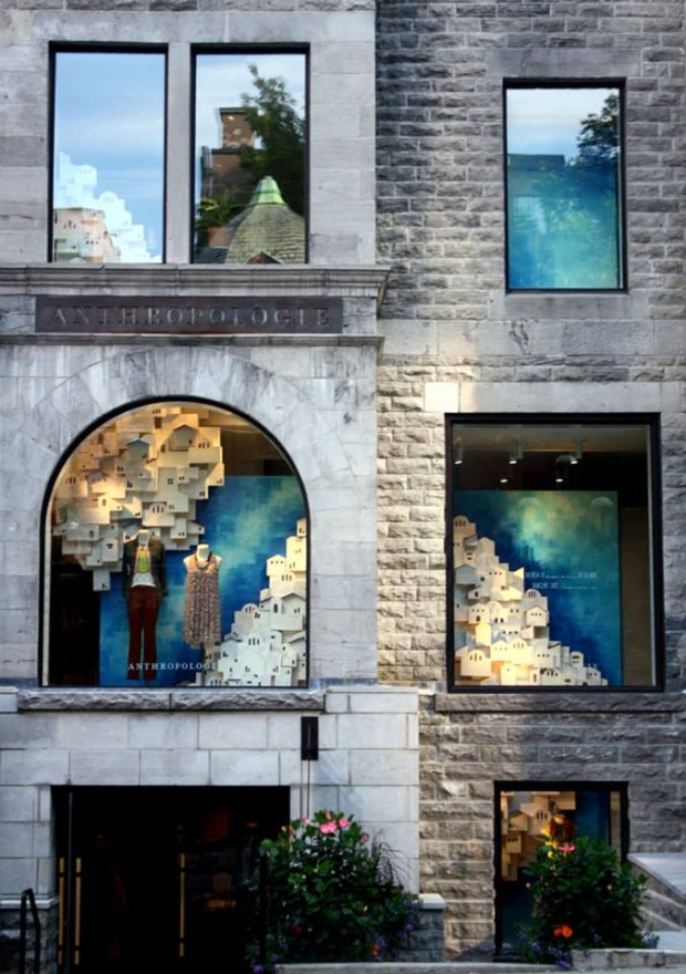 best-window-displays_anthropologie_2013_summer_greece_07