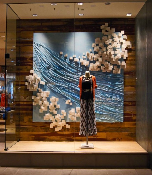 best-window-displays_anthropologie_2013_summer_greece_12