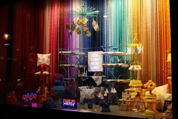 best-window-displays_selfridges_2013_bright-young-things_04