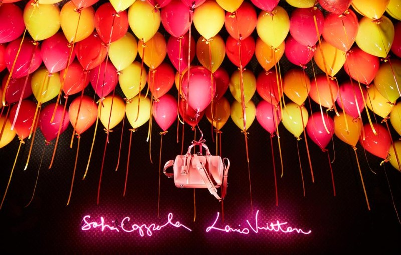 best-window-displays_louis-vuitton_2013_spring-summer_2014_sofia-coppola_10