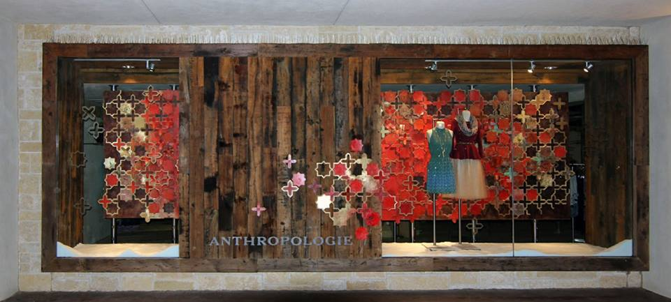 best-window-displays_anthropologie_2013_christmas_06