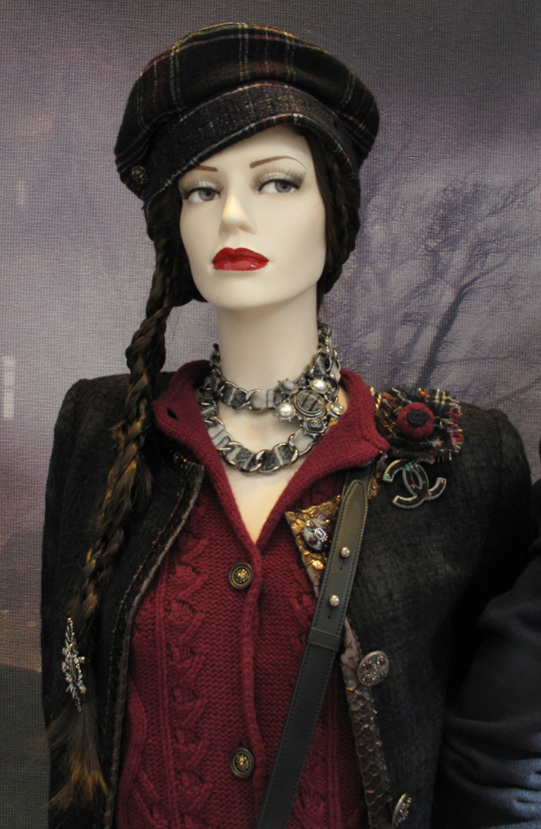 best-window-displays_chanel_2013_fall_02