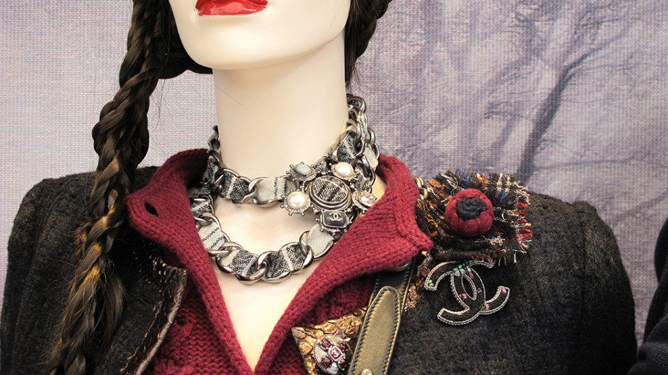 best-window-displays_chanel_2013_fall_04