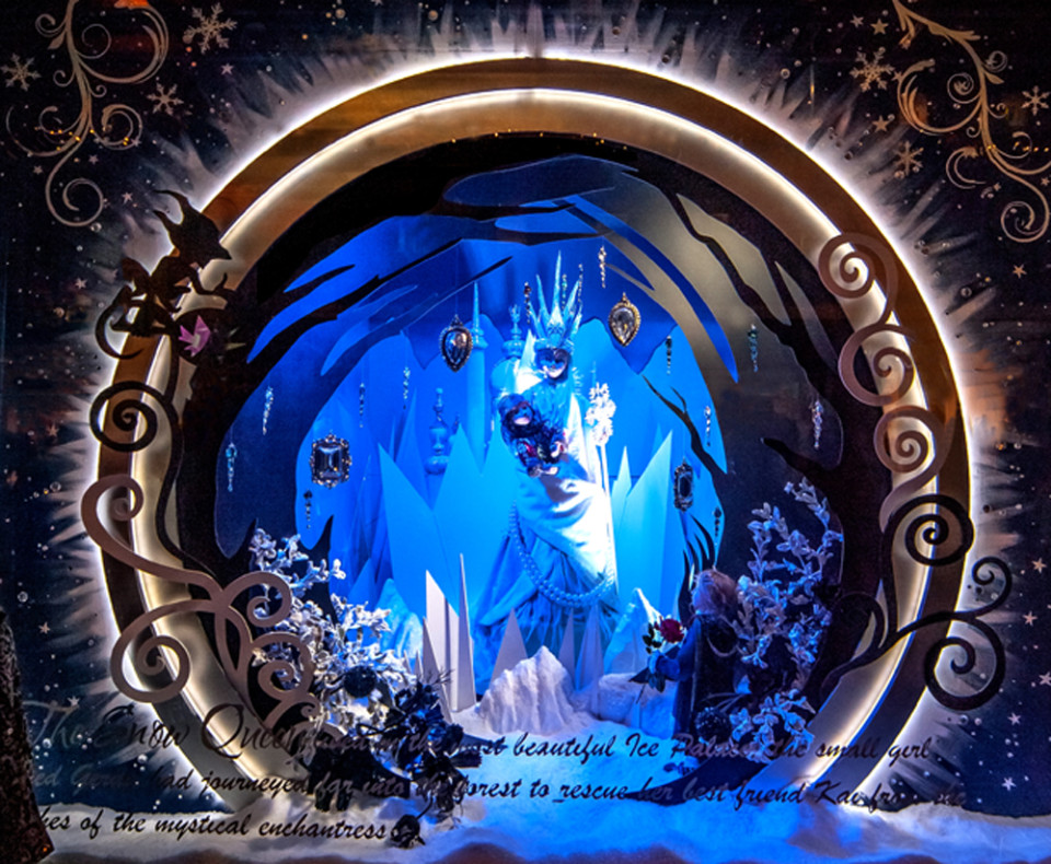 best-window-displays_fenwick-newcastle_2013_christmas_the-enchanted-forest_05