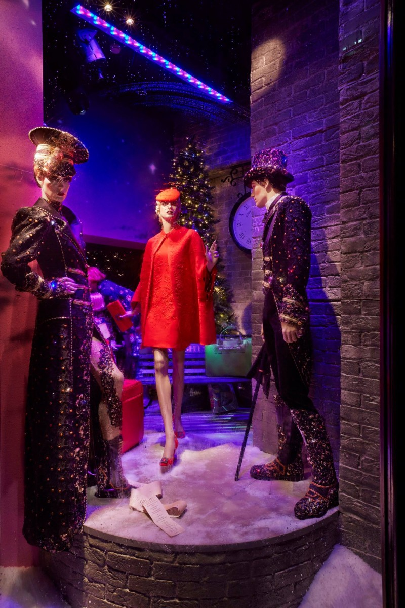 best-window-displays_harrods_2013_christmas_the-harrods-express_04
