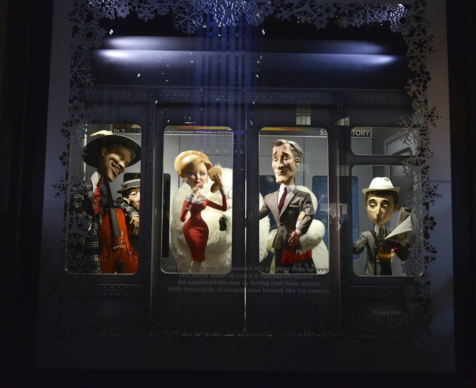 best-window-displays_saks-fifth-avenue_2013_christmas_the-yeti-story_05