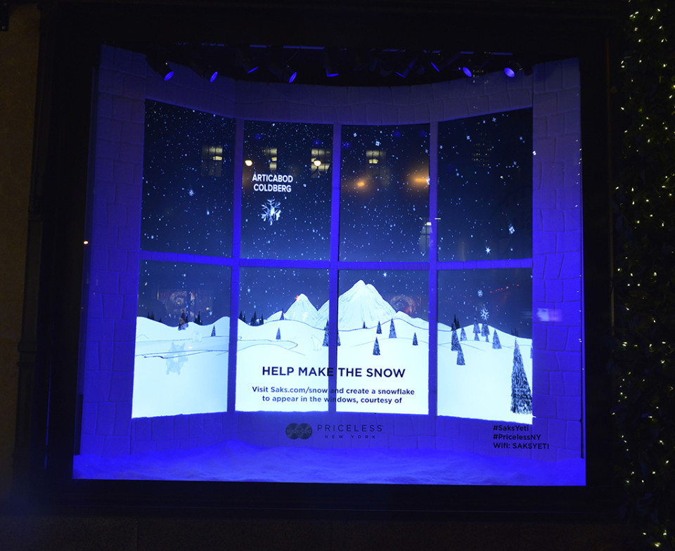 best-window-displays_saks-fifth-avenue_2013_christmas_the-yeti-story_06