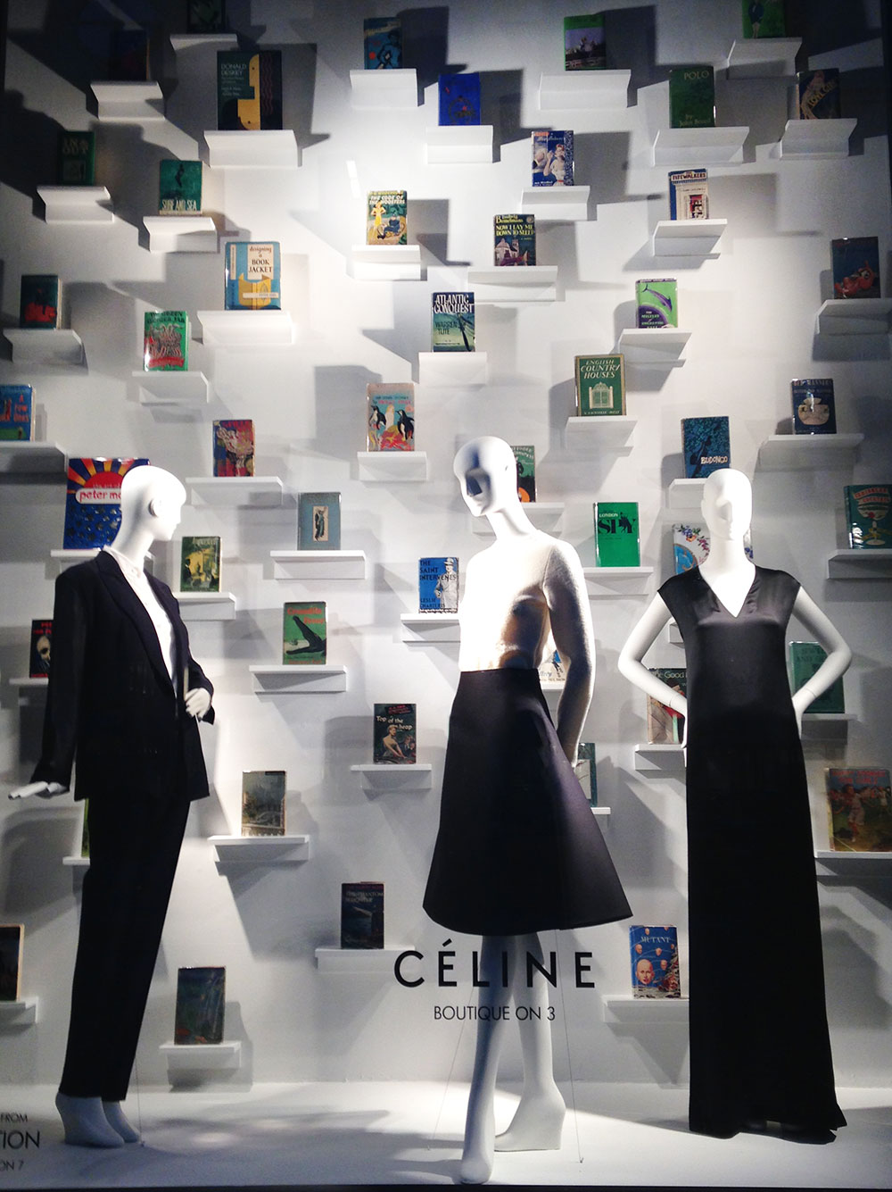 best-window-displays_bergdorf-goodman_2014_spring_the-cary-collection_08