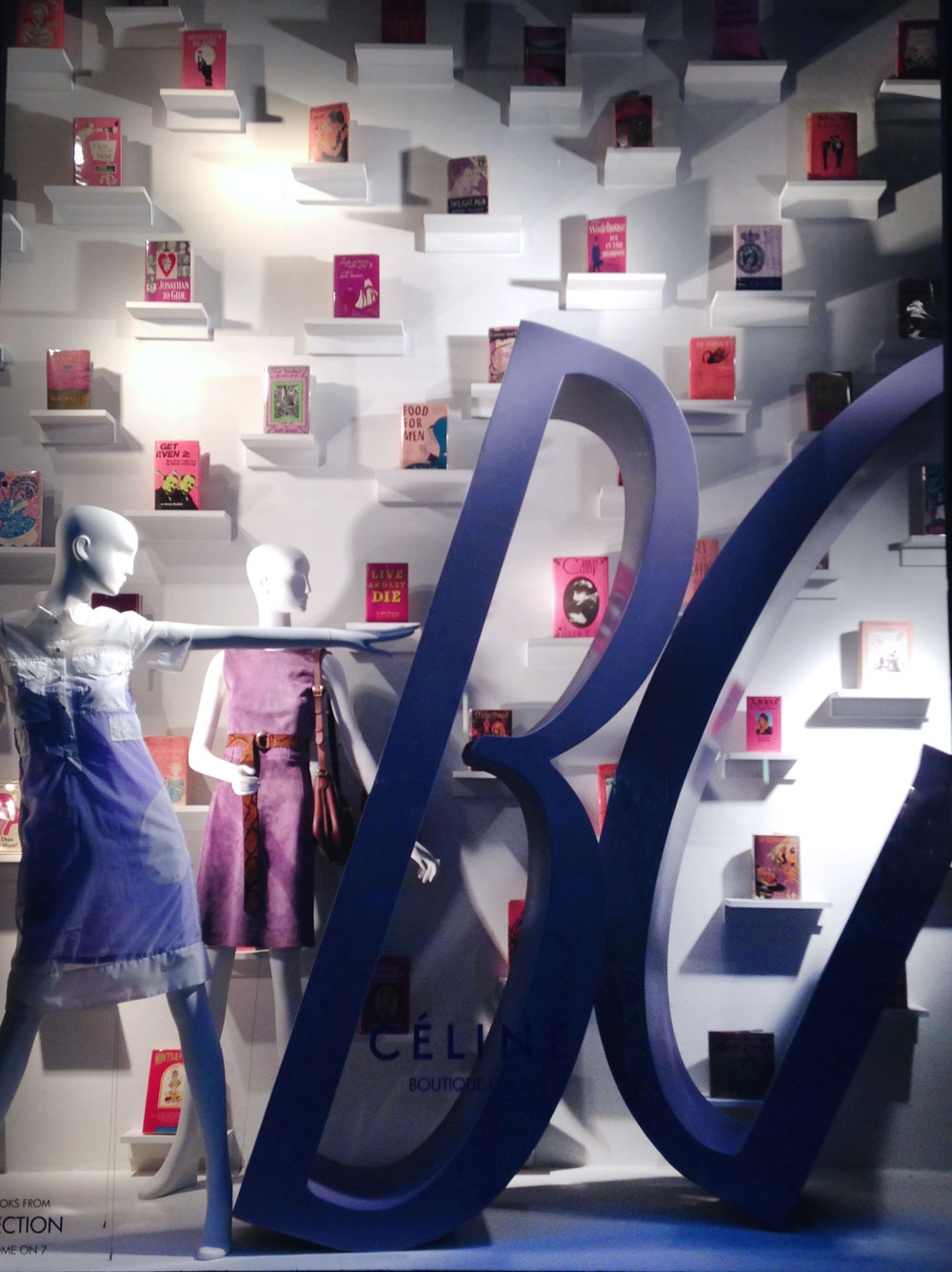 best-window-displays_bergdorf-goodman_2014_spring_the-cary-collection_09