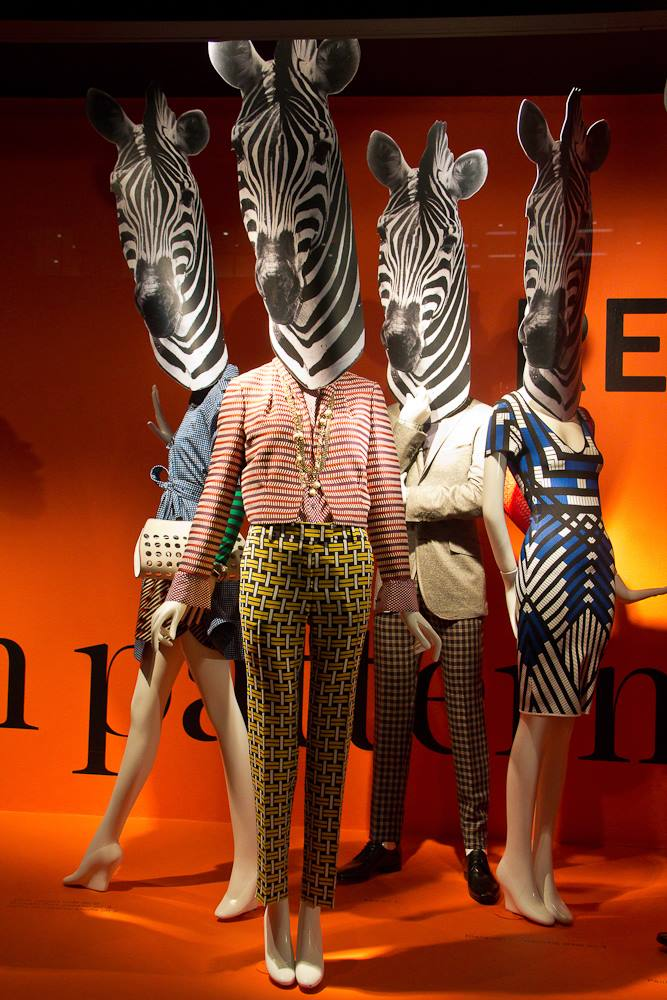 best-window-displays_holt-renfrew_2014_spring_style-resolution_04