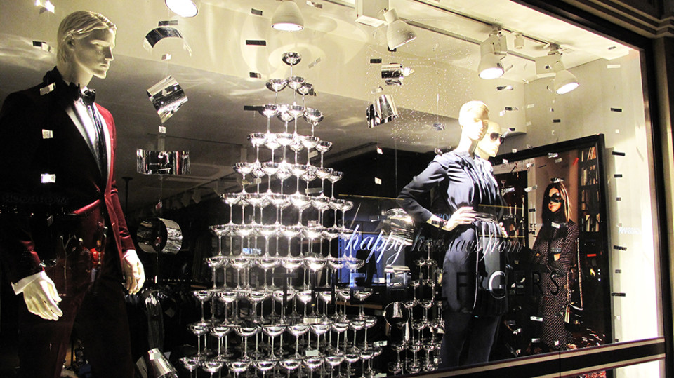best-window-displays_tommy-hilfiger_2013_christmas_07