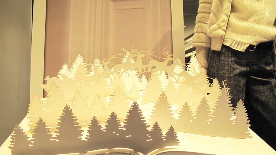 best-window-displays_trussardi_2013_christmas_04